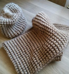 Шапка женская с шарфом