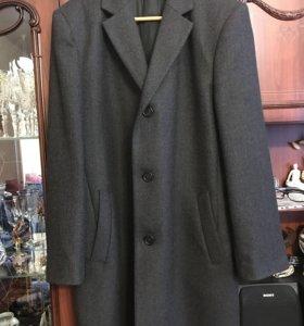 Мужское пальто 52 размер
