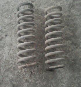 Пружины задние на W210