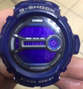Кварцевые наручные часы casio G-Shock GD-200-2