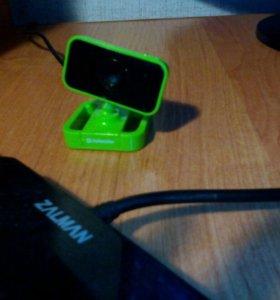 Веб-камера с встроеным микрофоном