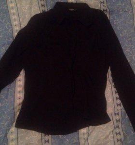 Чёрная рубашка