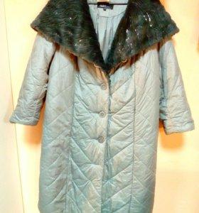 Стёганое пальто с красивым капюшоном, 54-56
