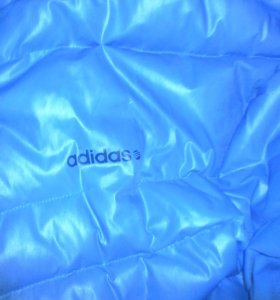 Куртка адидас . зимняя пуховая