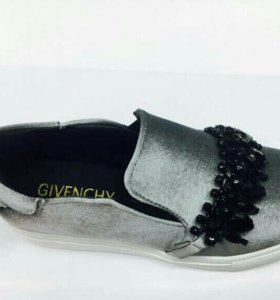 Слипоны Givenchy. Р-ры 36-40