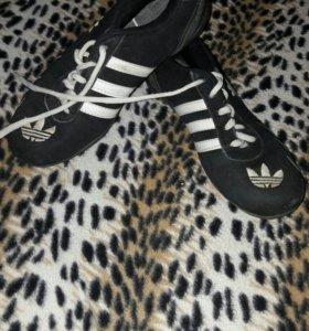 женские кросовки 38