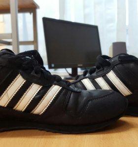Кроссовки Adidas originals,черные