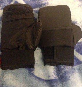 Снарядные перчатки для каратэ