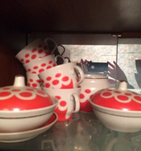 Набор посуды.