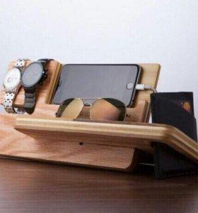 Подставка-органайзер из дерева