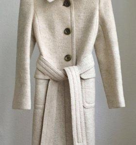 Шерстяное пальто S