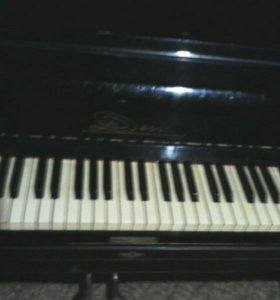 Фортепиано .г.Строитель!!)номер:89202096015 1 этаж
