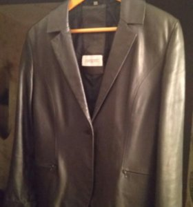 Кожаный пиджак Vera Pelle