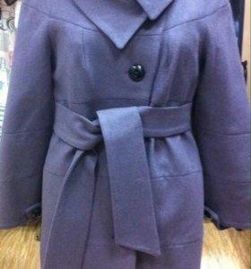 Пальто новое р.46