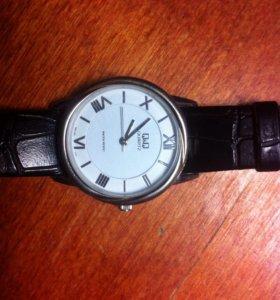 Женские японские наручные часы Q & Q Leather