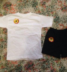 Футболка + шорты