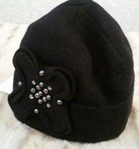 Шапки женские и шарф