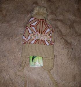 Новая шапка на 48-50 размер, акрил+шерсть.