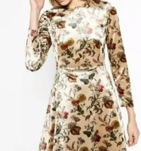 Платье бархатное(новое)