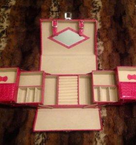 Шкатулка-кейс-чемоданчик для украшений