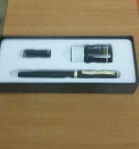 Перьевая чернильная ручка