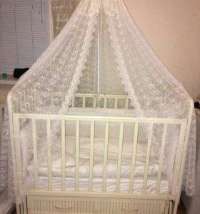 Детская кровать +люлька+кресло качалка