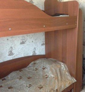 Продается 2-х ярусная кровать