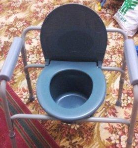 Стул с санитарным оснащением