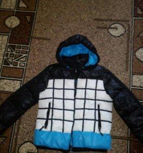 Продам куртку.зима