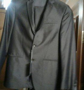 Новый Мужской костюм 44р 170р