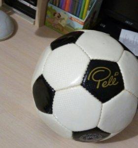 Футбольный мяч Pele
