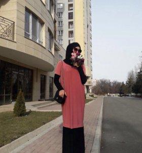 Абая и Базовое платье