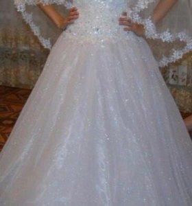 Свадебное платье,украшения в подарок