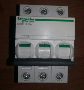 Автоматический выключатель ic60n C10А/3п