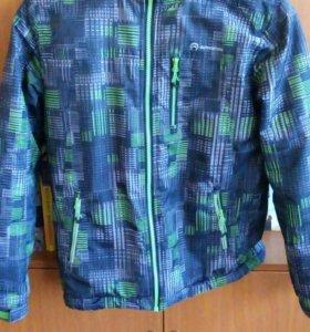 Весенняя куртка OUTVENTURE