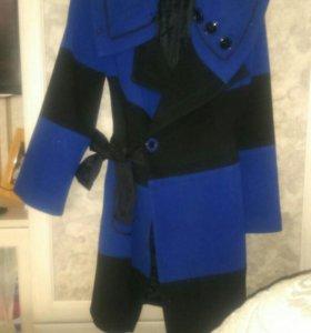 Пальто 46 размер.