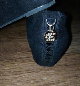 Туфли новые 38 Р-р.