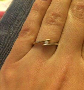 Кольцо золото 585 с натуральным бриллиантом