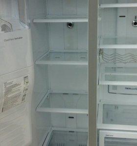 Холодильник самсунг RSG 5 FURS