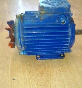 Мотор на компрессор
