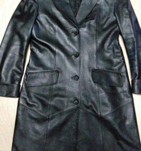 Пальто кожаное 46р-р