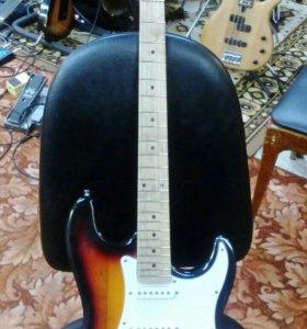Реплика гитары ESP