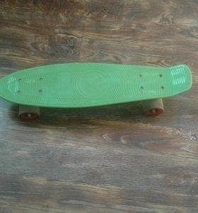 Скейт,пенни борд(не оригинал).