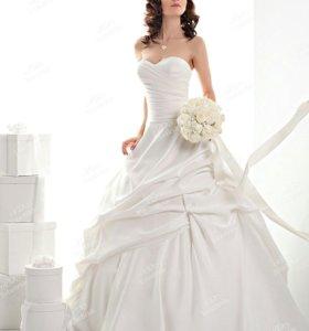 НОВОЕ Свадебное платье c0566