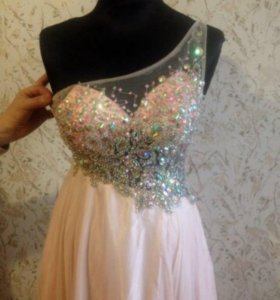 Продаю выпускное платье