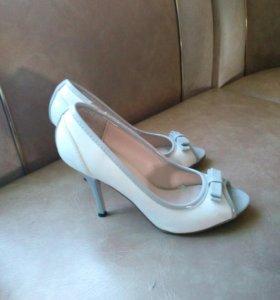 Туфли классика (можно свадебные)