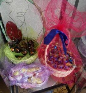 Подарочные корзинки из конфет