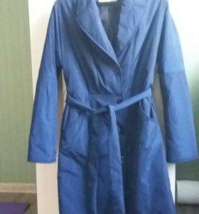 Продается плащ-пальто женское