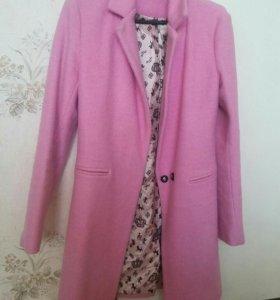 Пальто 42-44 размера