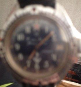 Часы командирске